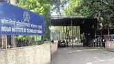 Computer Science and IIT-Bombay are hot favorites of JEE toppers