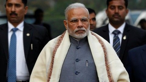 Modi urges ministers to resist 'temptation'