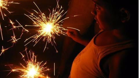 No firecrackers for Delhiites this Diwali, SC rules
