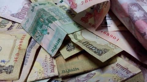 Can petitioners deposit demonetized notes again?