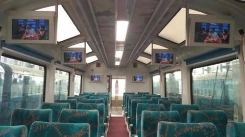 Glass roof, LCDs, freezer: Central Railways gets first Vistadome coach