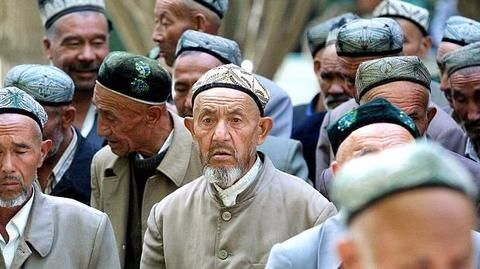China: 'Religious' names banned for Muslim children in Xinjiang