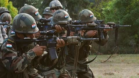Army foils major attack by Pakistani intruders, two soldiers killed