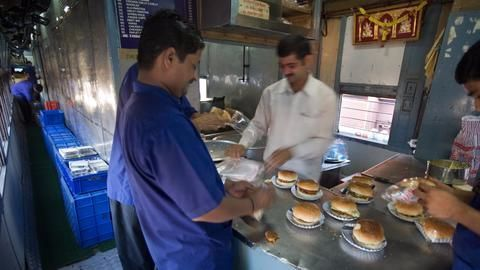 Dismal catering situation in the railways