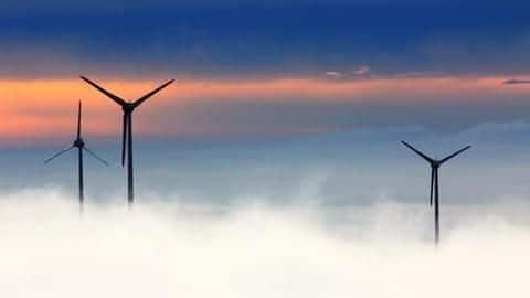 After solar, wind power tariffs fall to record low