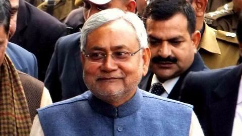 Nitish Kumar expresses undying support for GST