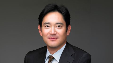 Lee Jae-yong, Samsung heir, sentenced to five-year prison over corruption