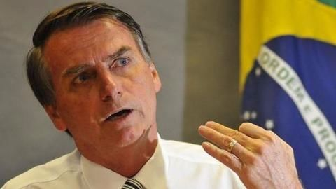 I'm not good, but the others are very bad: Bolsonaro