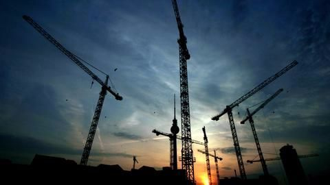 Private sector projects have reached a standstill in recent quarters