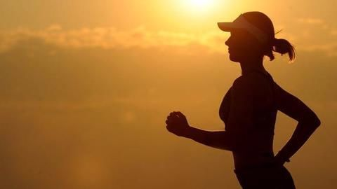 2.5 hours of exercise per week slows down Parkinson's