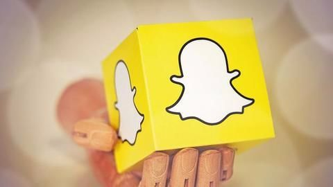 """Snapchat """"OMG"""" and I am not click baiting"""