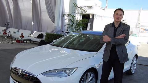 Musk's Tesla gets vote of confidence ahead launch