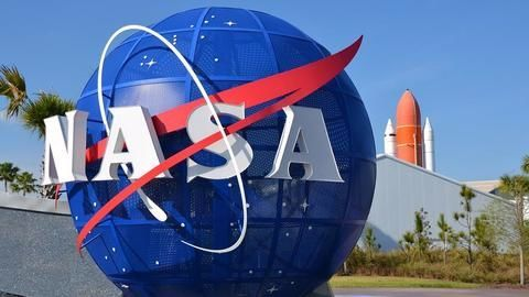 NASA's spacesuits severely need an update