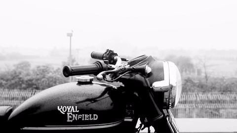 Royal Enfield and Ducati, a love story for bikers