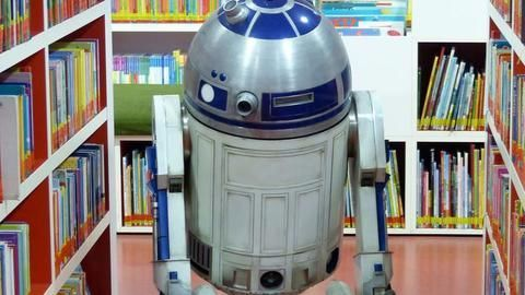 Someone just bought Star War's R2-D2 for over $2 million