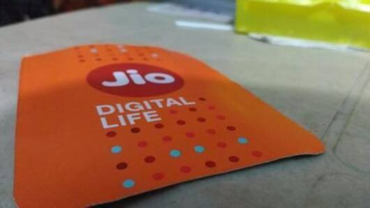 Reliance Jio's operating costs dwarf its revenue