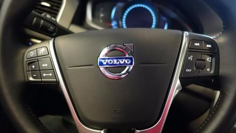 Volvo gives in to the demand for EVs