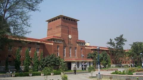 Delhi colleges expect a large turnout of students on Tuesday