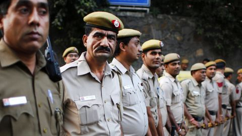 Medals to be stripped-off from cops for improper conduct