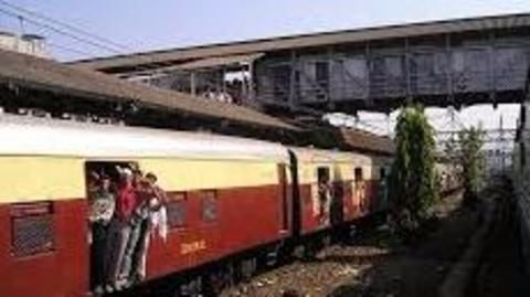 Rail block on Mumbai's Harbour line, suburban trains to get more crowded