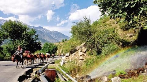 Unrest in Valley hits tourism hard, locals suffer
