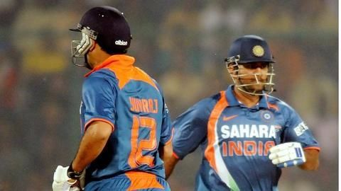 Yuvraj and Dhoni: Time to take a call
