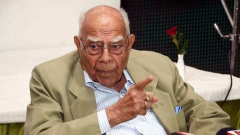 Ram Jethmalani retires after 70 years