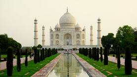 """Taj Mahal controversy continues: Now """"Shiv Aarti"""" performed there"""