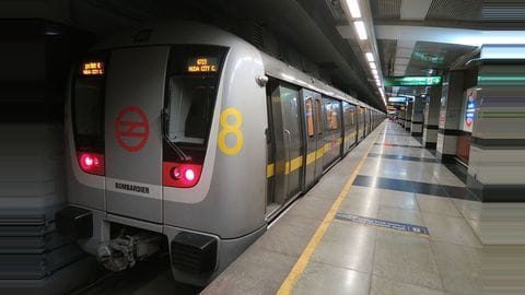 Delhi Metro commutes to cost up to Rs. 10 more