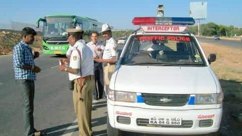 Traffic police to accept vehicle documents on app