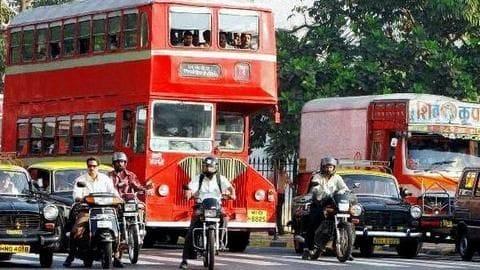 Mumbai's sexagenerian regulates traffic or 4 hours daily