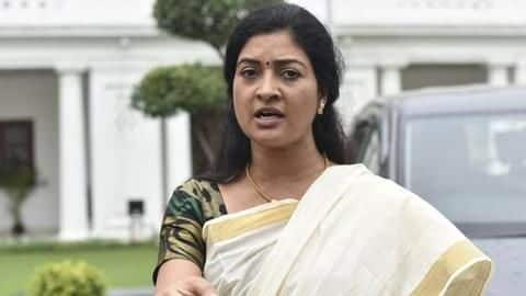 Delhi Elections: Congress' Alka Lamba slaps AAP worker