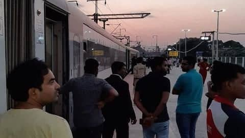 India's fastest train stranded without AC, lights for an hour