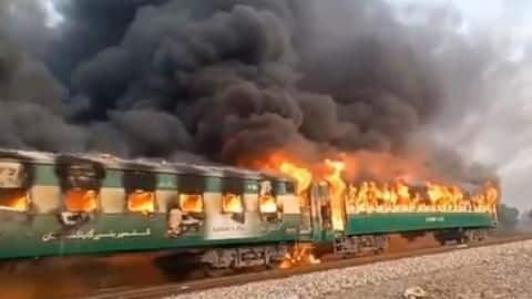 Pakistan: 62 killed, scores injured after moving train catches fire