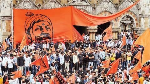 Maratha-reservation: SC doesn't stay verdict but issues notice to government
