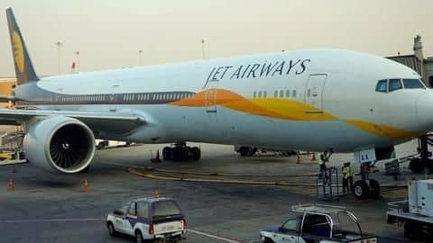 Jet Airways pilots threaten strike amid more flight cancellations