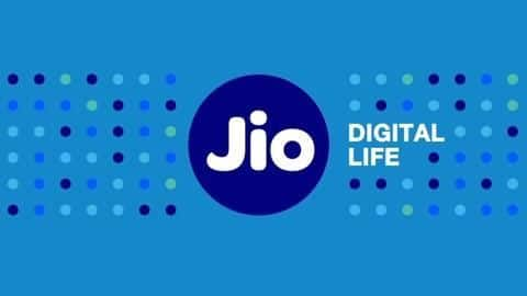 Reliance Jio offering free Rs. 498 recharge is fake news