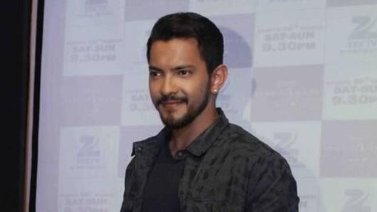 Aditya Narayan detained in road accident case