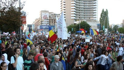 Angry Romania demands end to corruption
