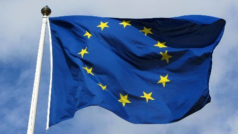 EU to reconsider system of passport-free travel