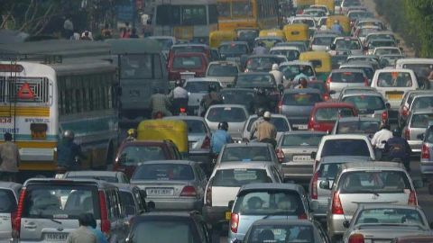 New system for private vehicles to curb Delhi's pollution?