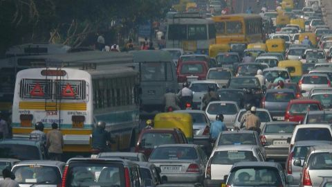 Odd-even vehicle formula from 8 am to 8 pm