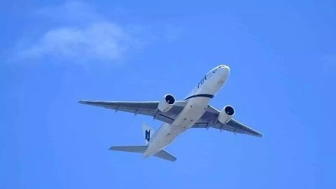Falling fuel price accelerates domestic air traffic
