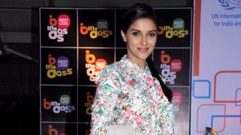 Actress Asin takes her marriage vows