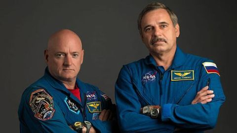 Scott Kelly touches Earth after 340 days