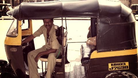Auto-rickshaw permits only for Marathi speaking drivers