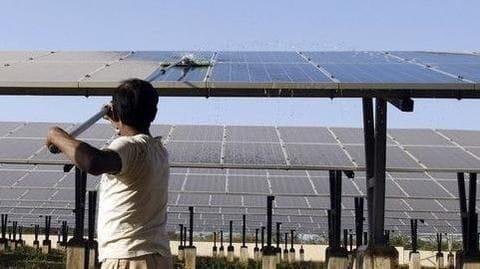 East Delhi housing society installs 140-kWp solar plant