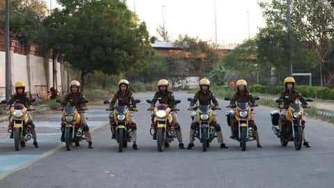 Bike-borne women cops squad for Delhi