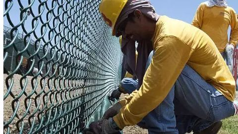 Contract labourers in India