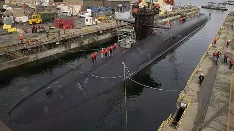 Nuclear submarines vs conventional submarines